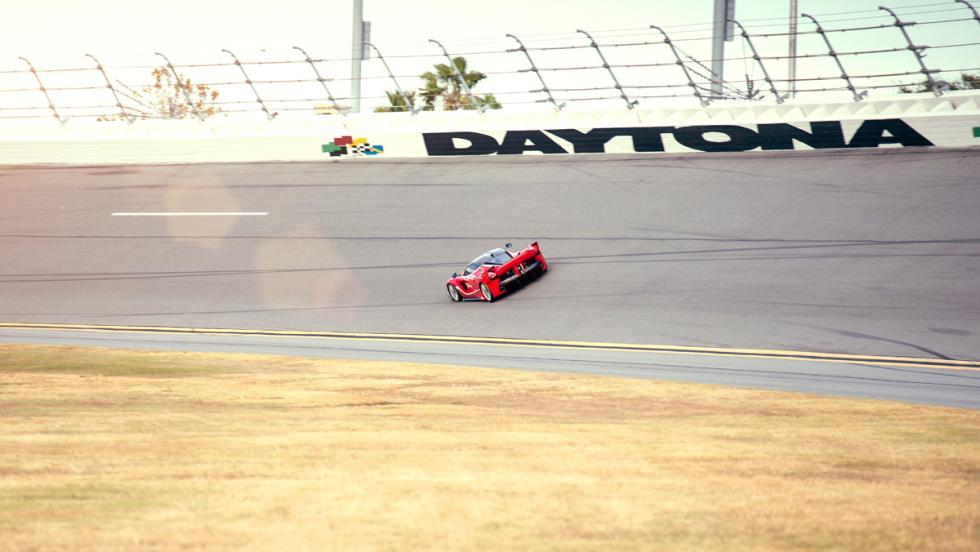 Prueba Ferrari FXXK (pista)