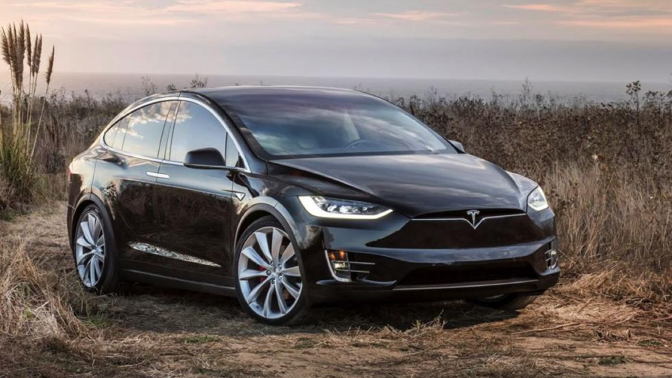 Tesla Model X - 15 unidades