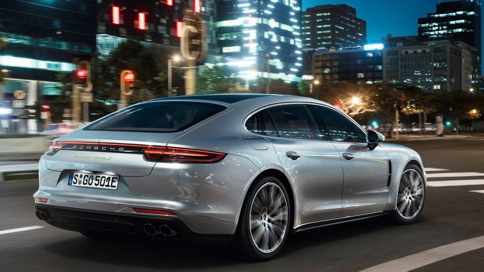 Todas las novedades del Salón del Automóvil de Los Ángeles 2017 - Porsche Panamera Turbo S E-Hybrid