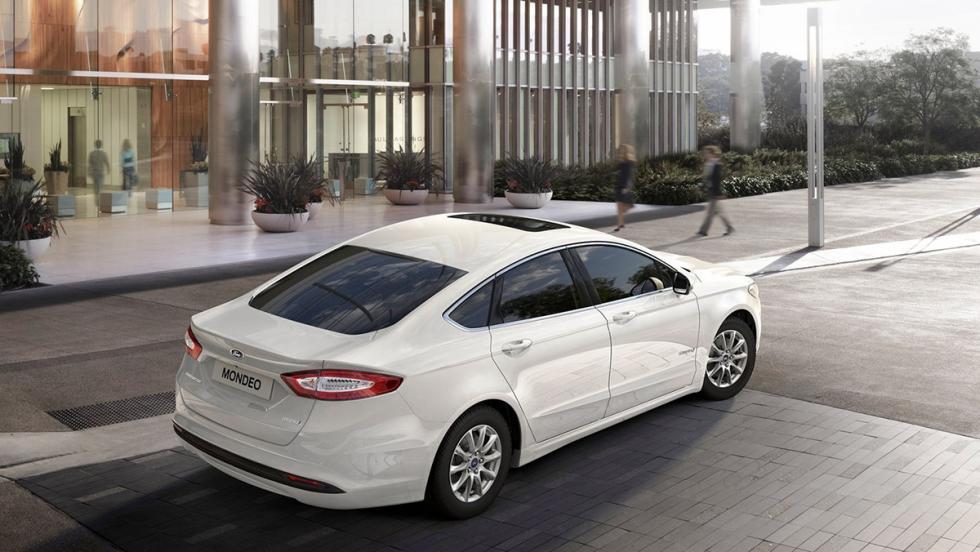 Todos los coches híbridos que puedes comprar - Ford Mondeo Hybrid