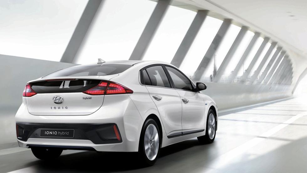 Todos los coches híbridos que puedes comprar - Hyundai Ioniq