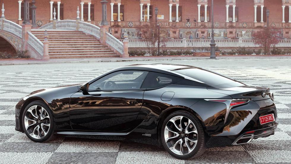 Todos los coches híbridos que puedes comprar - Lexus LC