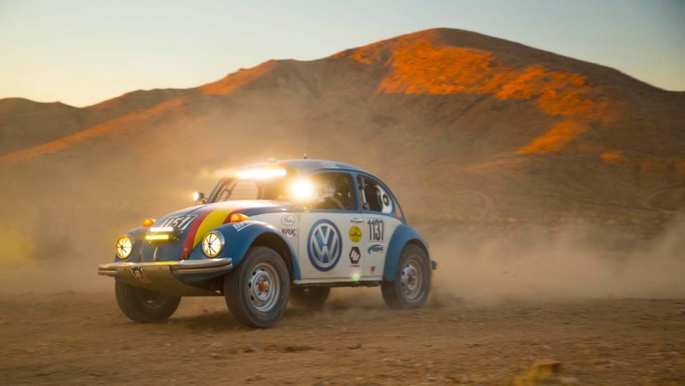 El VW Beeetle, un escarabajo peleón de la Baja 1.000