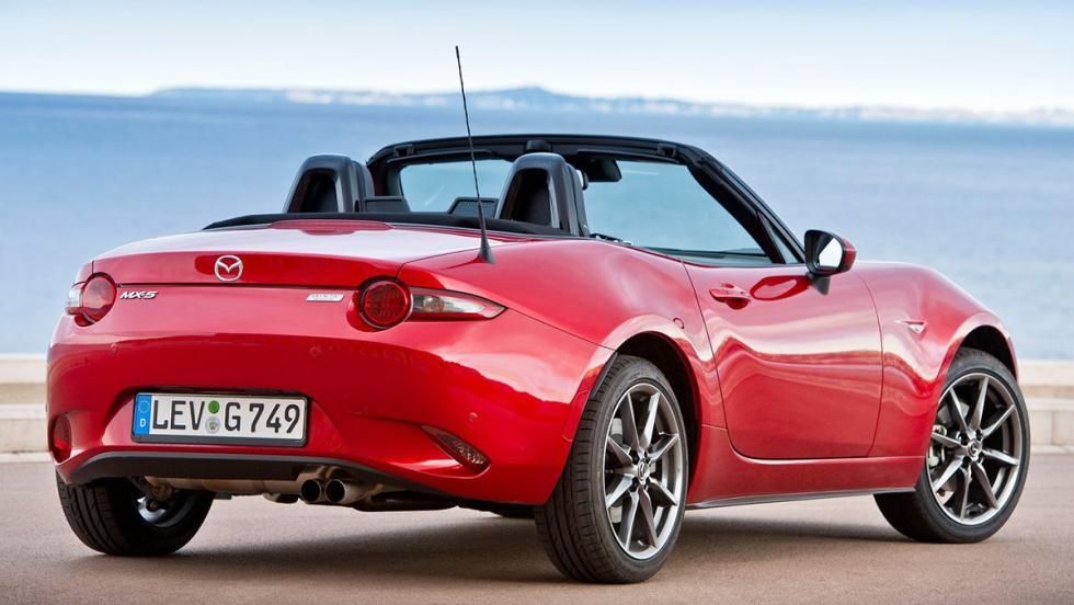 Los 10 deportivos más vendidos en noviembre en España - Mazda MX-5 - 33 unidades