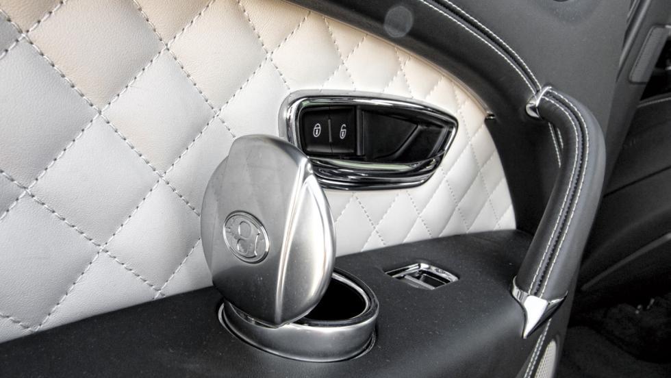 Bentley Bentayga (cenicero)