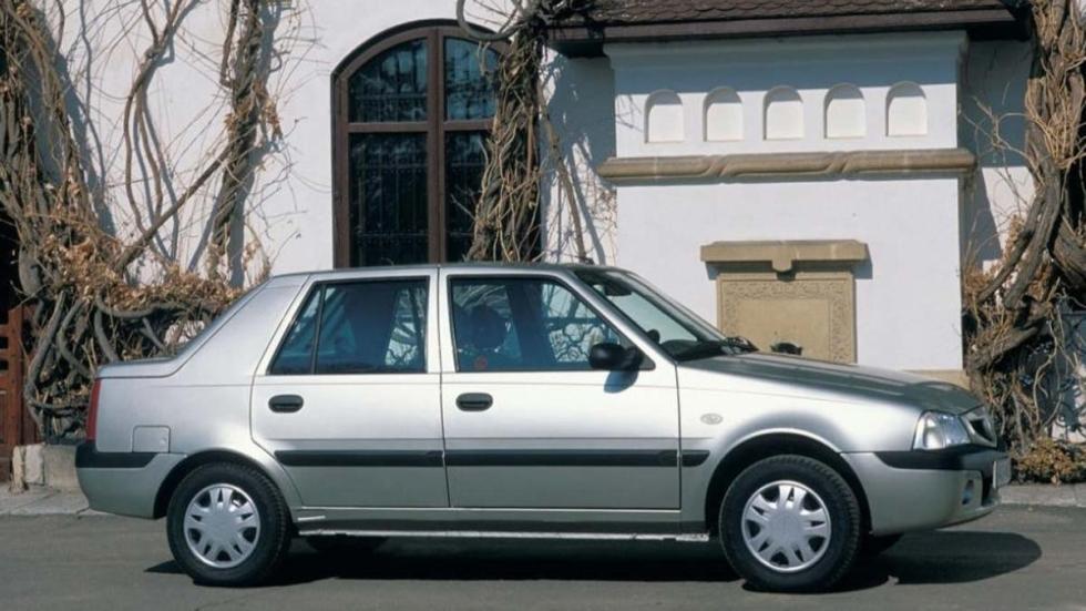 sedan bajo coste low cost desconocido