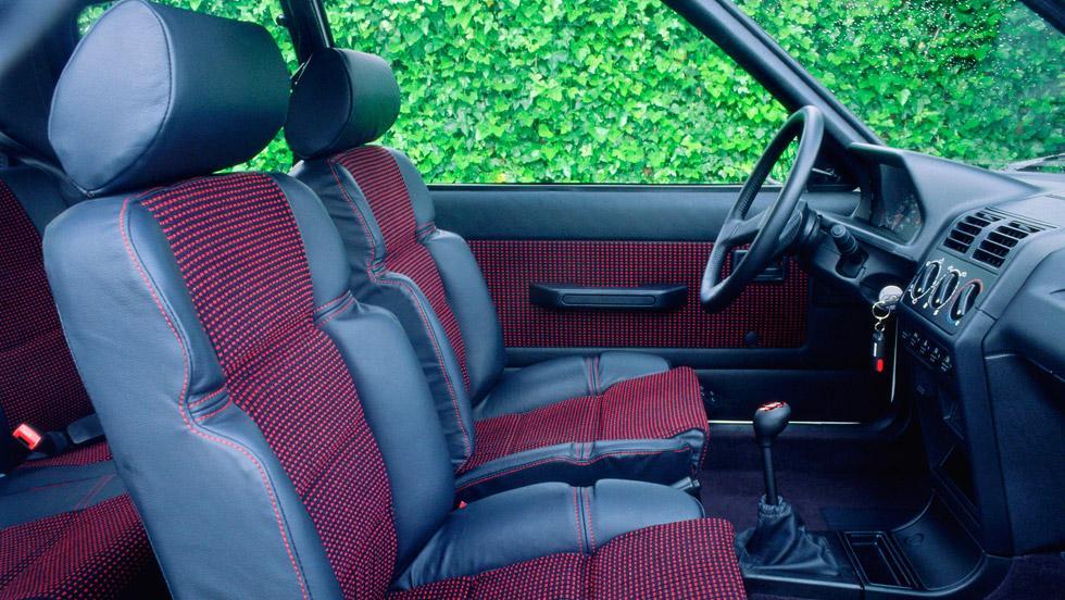 Tapicería Peugeot 205 GTI: Pelo-gate