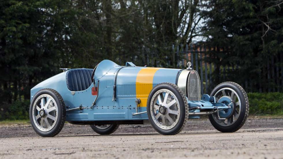coches deportivos clasicos competicion años 20 lujo carreras