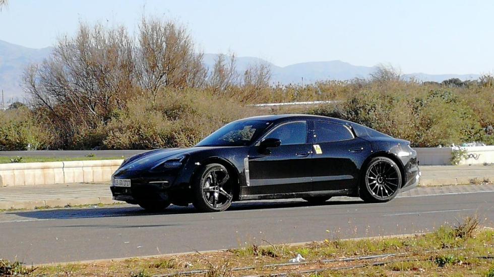 España prototipo camuflado coches electricos
