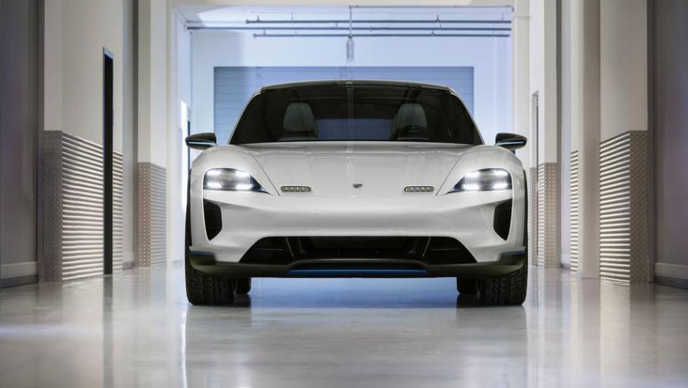 Porsche Mission E Cross Turismo 2018