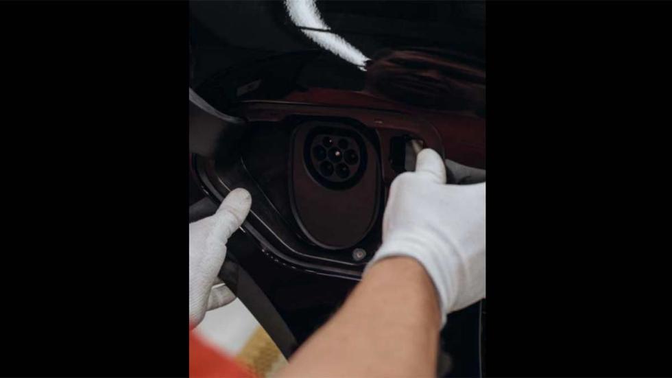 oficiales fotos sedan deportivo coches electricos