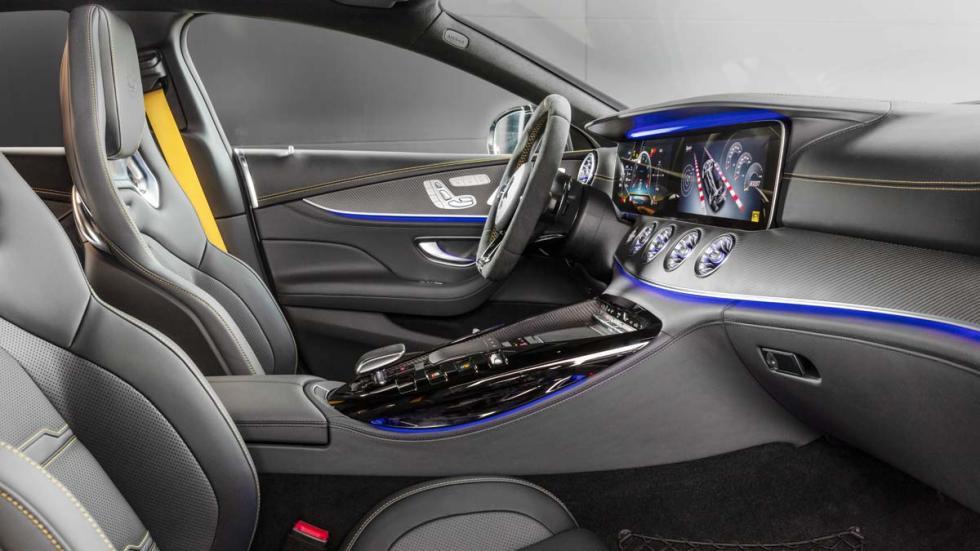 Deportivo cuatro puertas sedan lujo altas prestaciones alemania