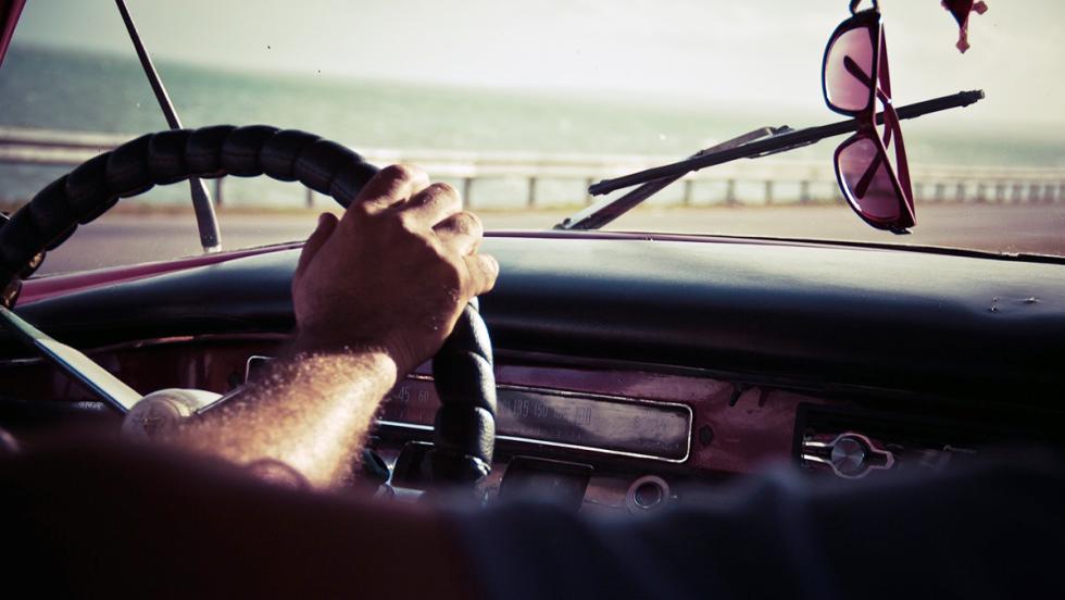 Las ventajas de los coches clásicos - Con ellos se aprende a conducir de verdad