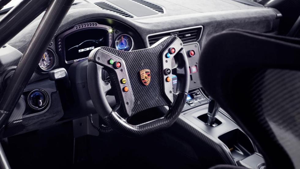 Porsche 935 2018