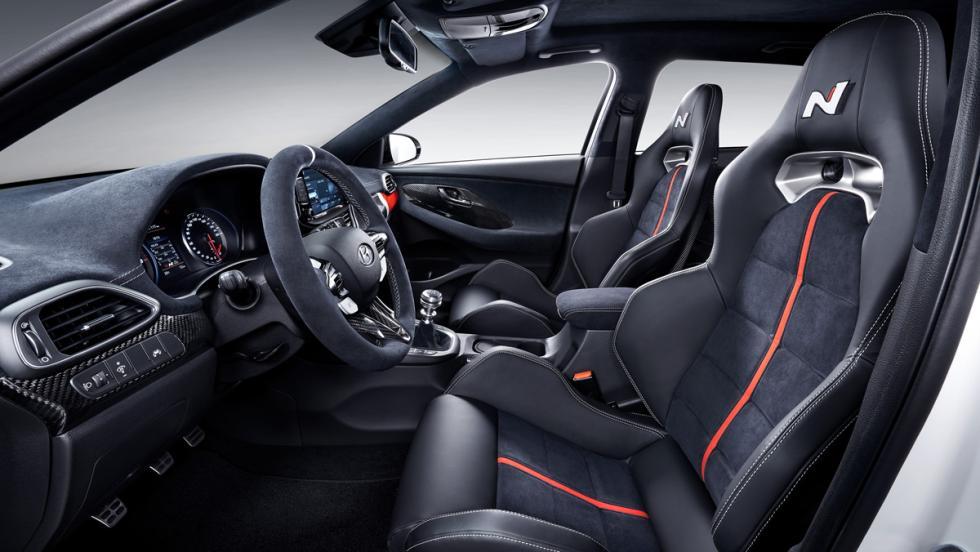 Hyundai i30 N 'N Option' (interior)