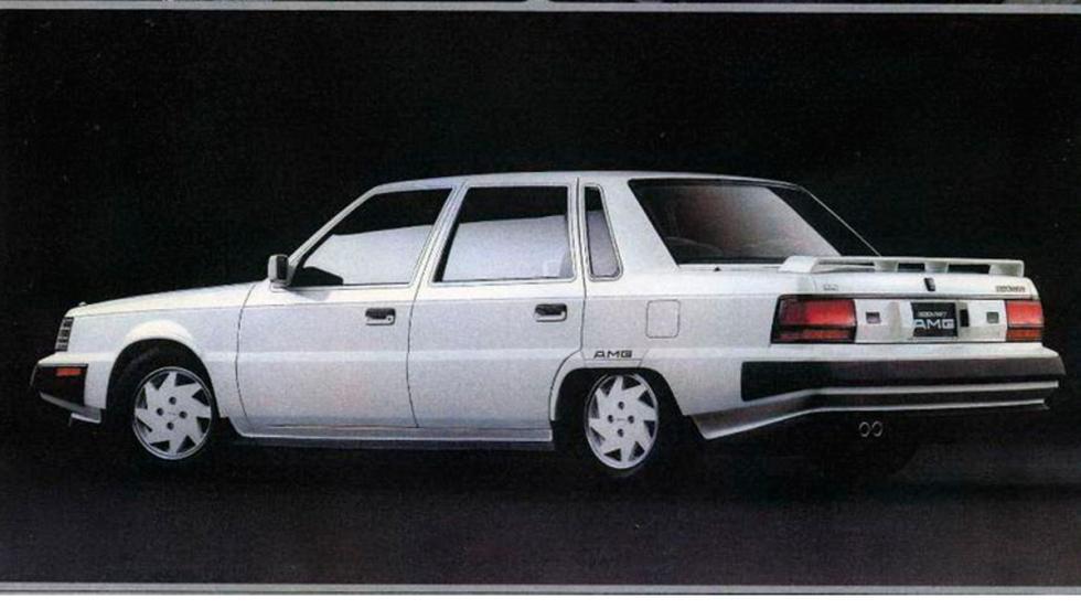 Mitsubishi Debonair V 3000 Royal AMG (lateral)
