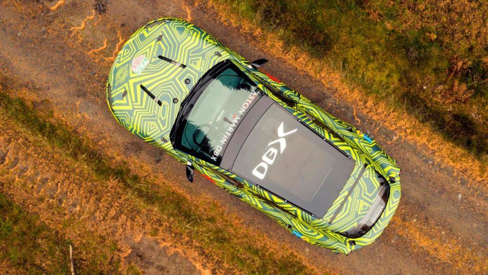 Aston Martin DBX (aérea 2)