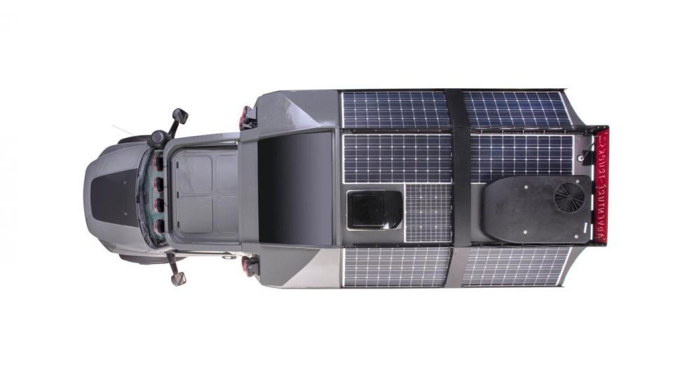 Adventure Truck (paneles solares)