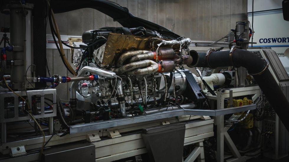 Motor del Aston Martin Valkyrie (10)