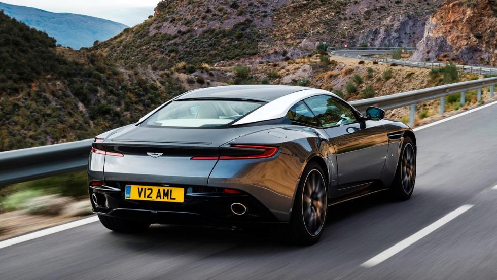 Aston Martin DB11, trasera