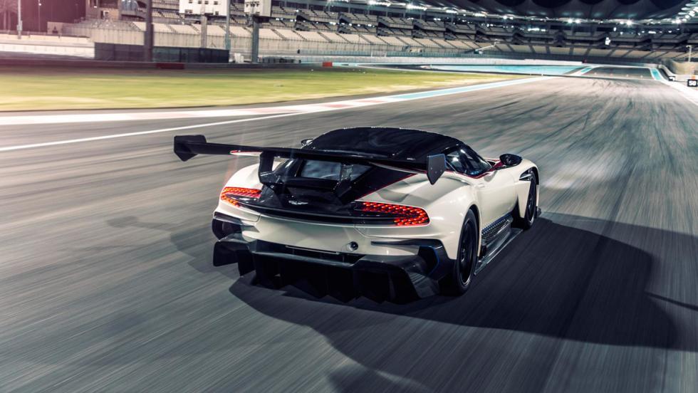 Aston Martin Vulcan, alerón