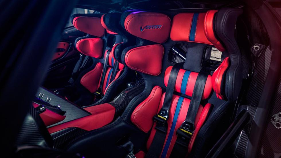 Aston Martin Vulcan, asientos