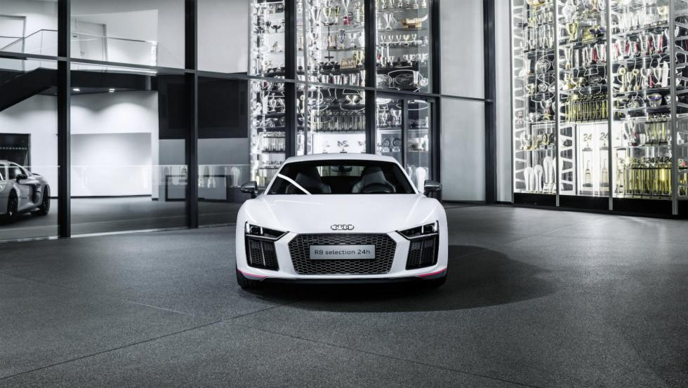 "Audi R8 Coupé V10 plus ""selection 24h"" 2"
