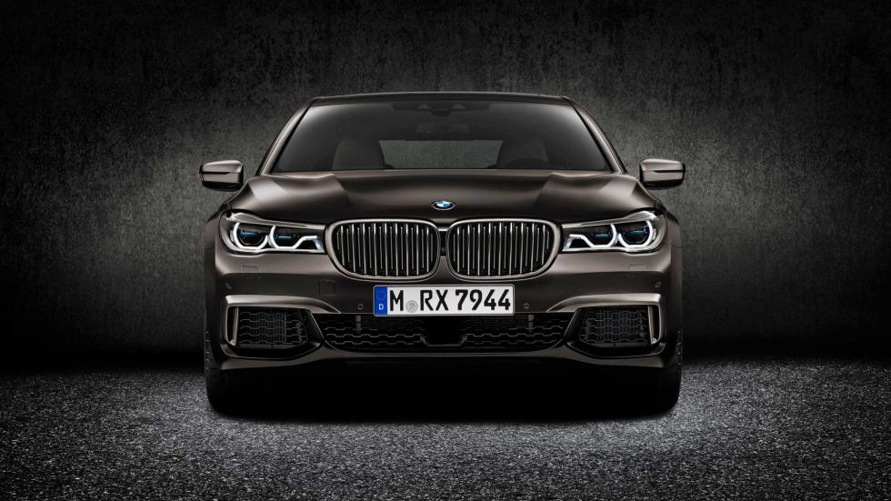 BMW M760Li XDrive, frontal