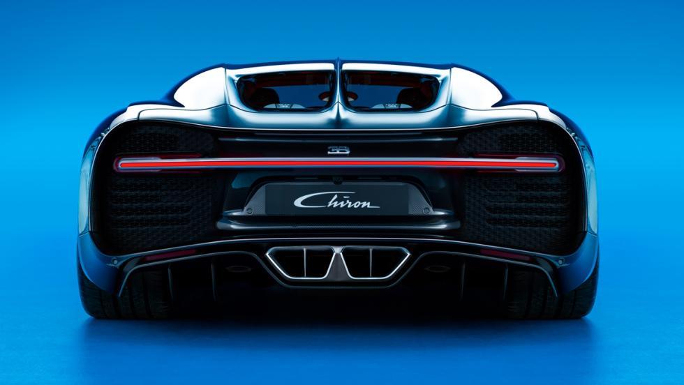 Bugatti Chiron trasera 2