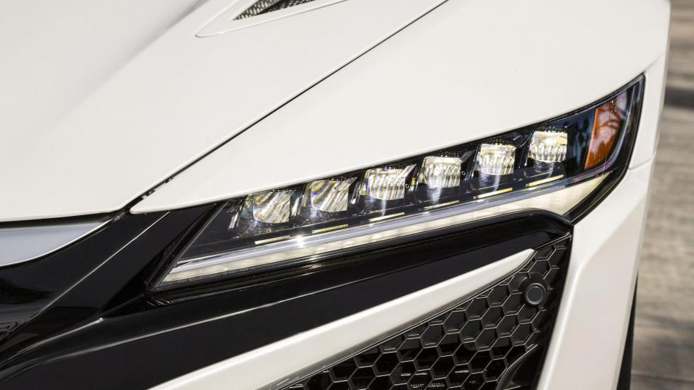 Faros LED en el Honda NSx