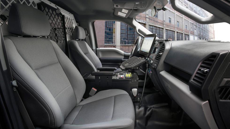 Ford F-150 Policía, asientos