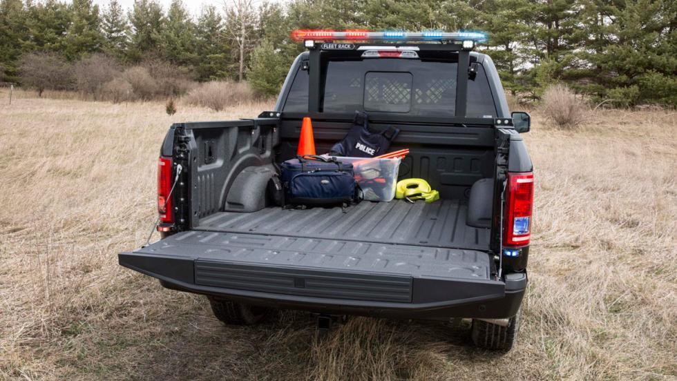 Ford F-150 Policía, caja