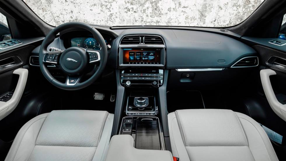 Jaguar F-Pace, habitáculo