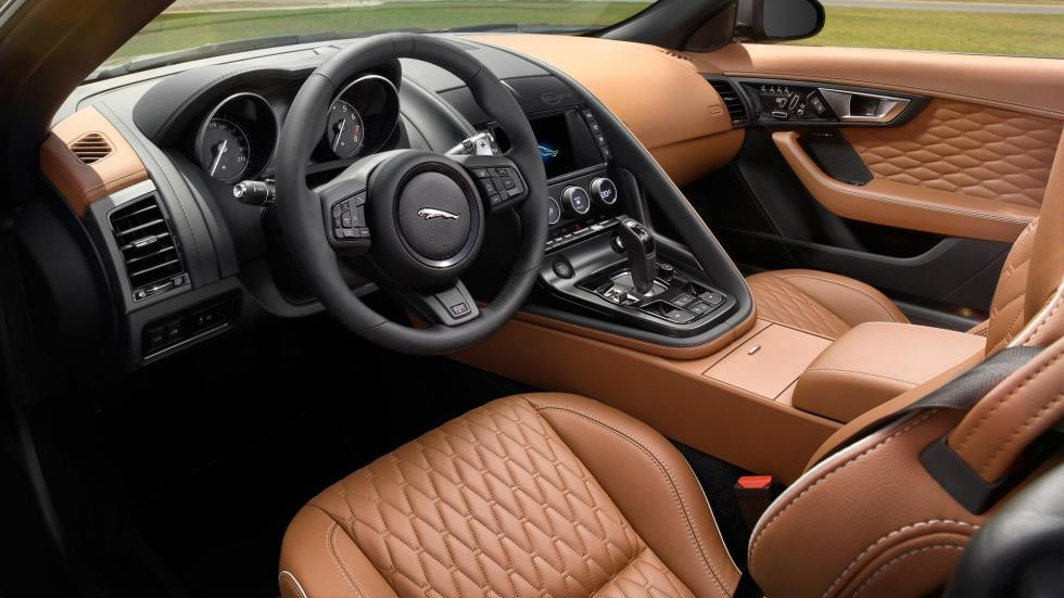 Jaguar F-Type SVR descapotable, interior