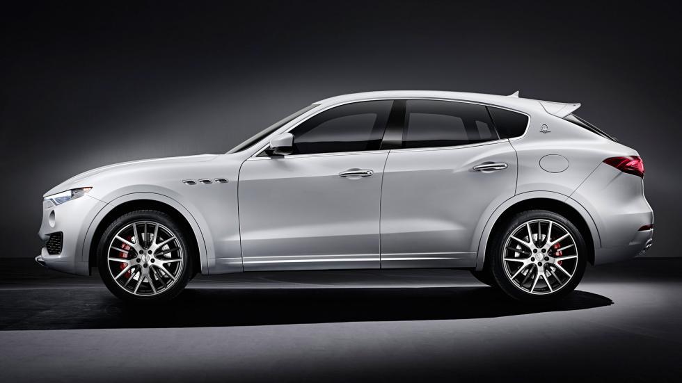 Maserati Levante lateral