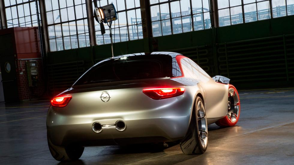 Opel GT Concept trasera