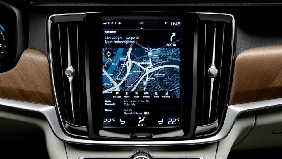 Pantalla interior de 9 pulgadas del Volvo S90 2016