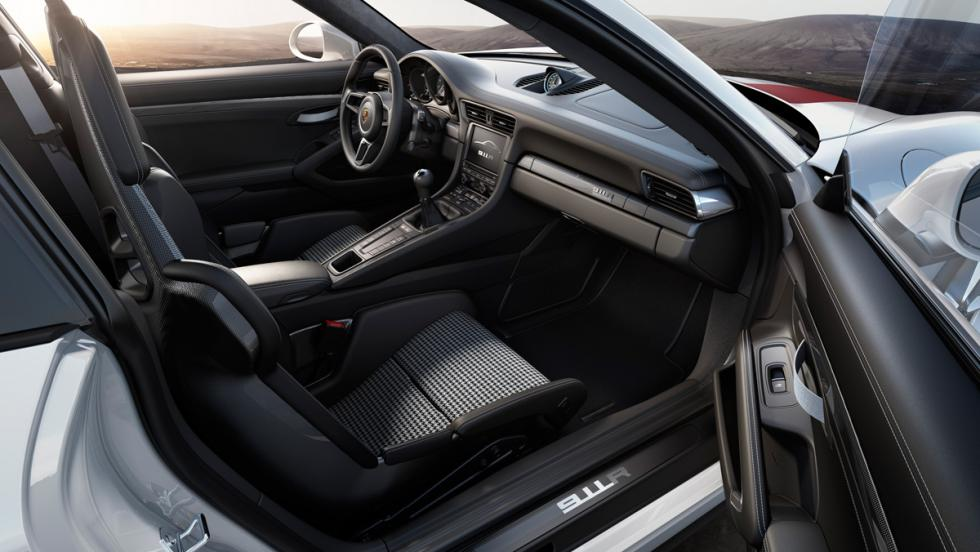 Porsche 911 R, asientos