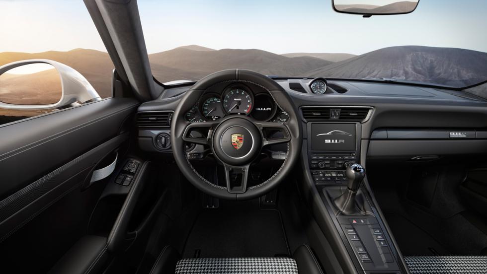 Porsche 911 R, interior