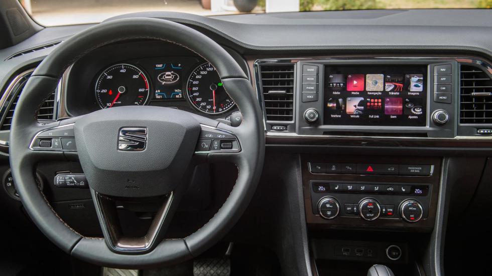 Seat Ateca TDI 190 4Drive salpicadero