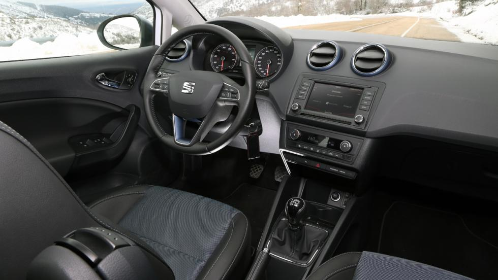 Seat Ibiza EcoTSI Connect, habitáculo