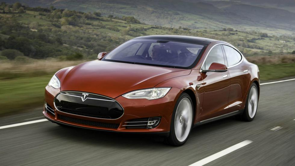 Tesla Model S P90D, lateral