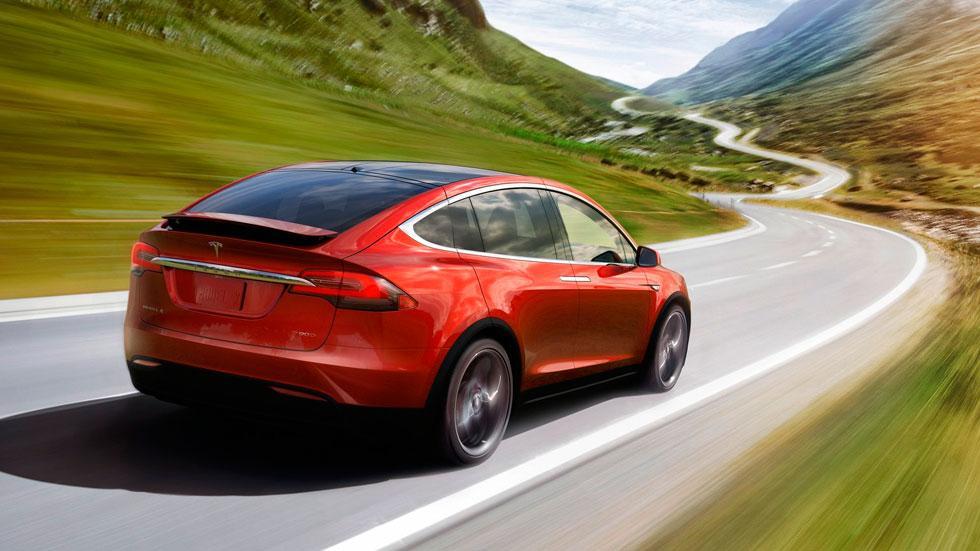 Tesla Model X trasera SUV deportivo electrico lujo