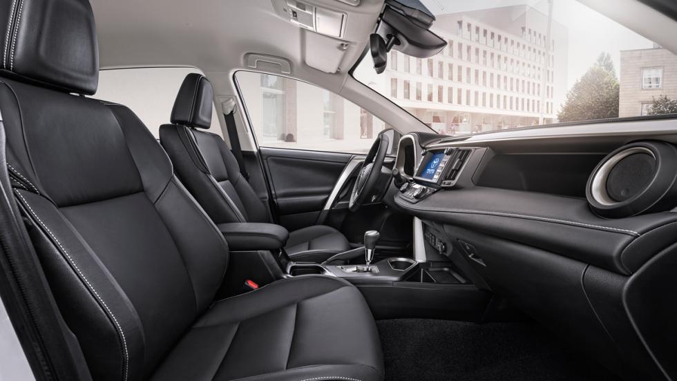 Toyota RAV4 Hybrid, asientos