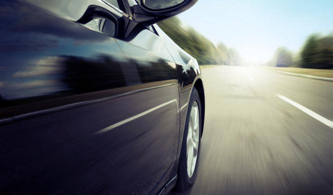 Tráfico quiere subir el límite de velocidad a 130 km/h