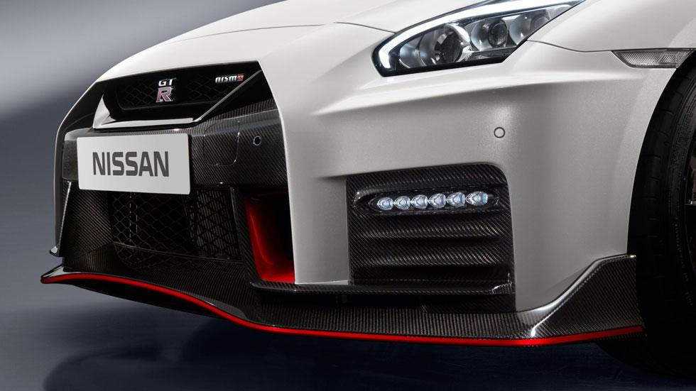 Nissan GT-R Nismo 2017 frontal fibra carbono
