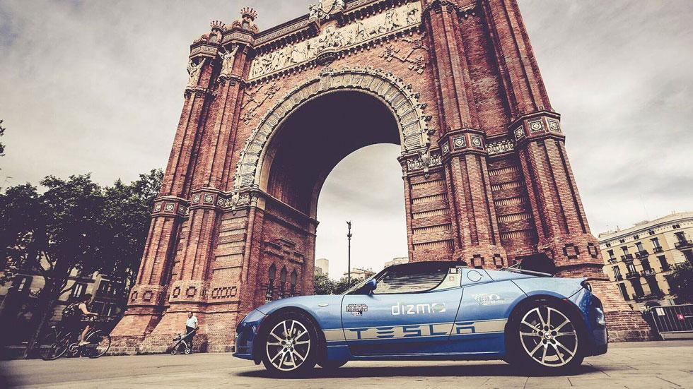 Tesla vuelta al mundo coches eléctricos
