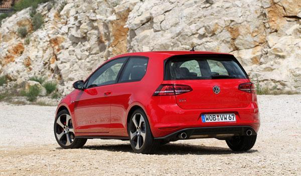Volkswagen Golf GTI Performance trasera