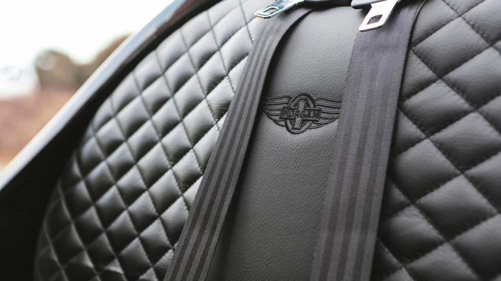 Morgan EV3 Selfridges cuero rombos lujo