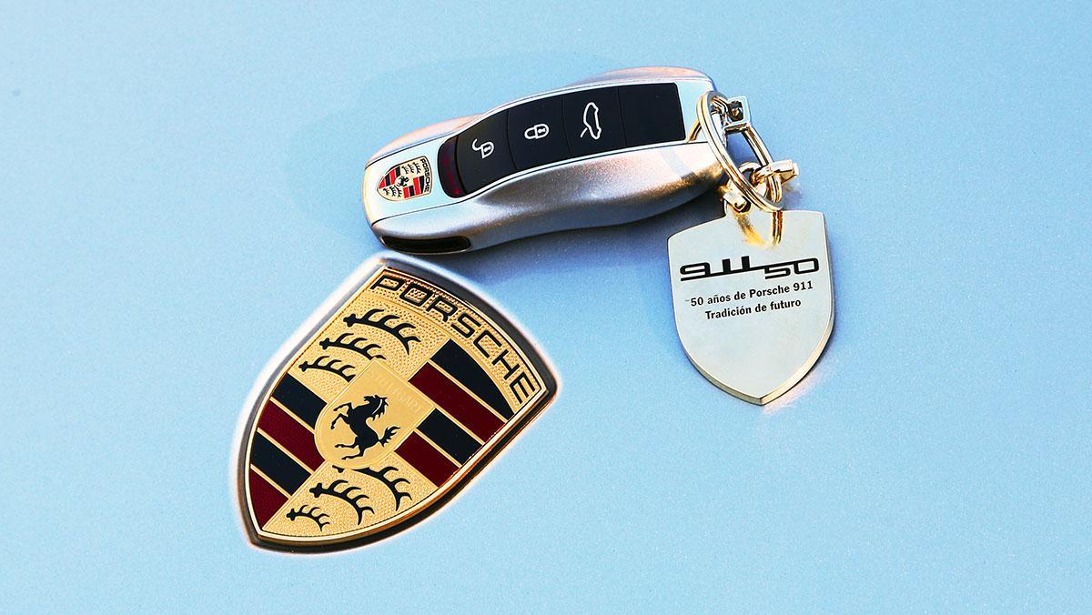 Porsche envía un mensaje secreto a Honda